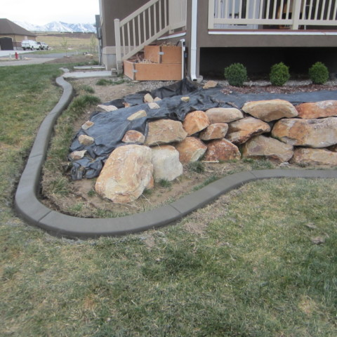 Back Porch Curbing Accent